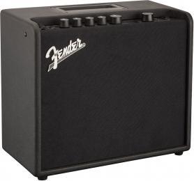 """Fender Mustang LT 25 1x8"""" 25-watt Guitar Combo Modeling Amp"""