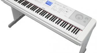 Yamaha DGX-660 88-Key Digital Piano